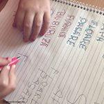 7 idei pentru a va invata copilul sa scrie (in joaca)