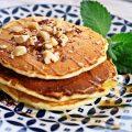 Pancakes cu ciocolata si alune de padure